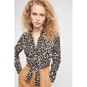 🎀 3 FOR $60 • Free People • Leopard Love Top